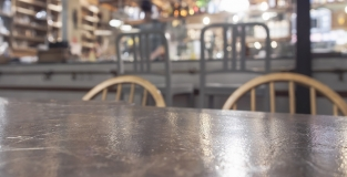 Arredi, tavoli, sedie